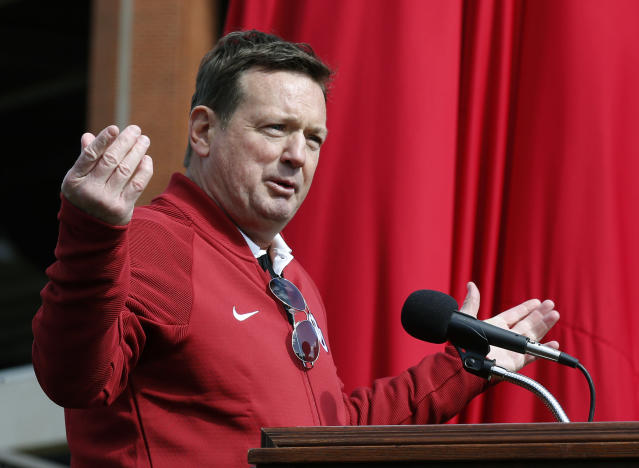 Bob Stoops, former head football coach at the University of Oklahoma, has accepted a job in the XFL. (AP Photo/Sue Ogrocki)