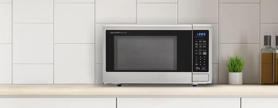 Sharp Smart Carousel Countertop Microwave Oven