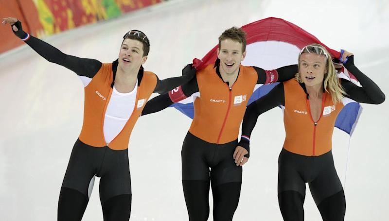 Dutch close Olympic speedskating with 2 more golds