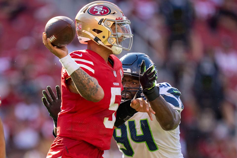 Trey Lance threw for 2 TDs after coming into the game in the second half of the 49ers' 28-21 loss to the Seahawks.