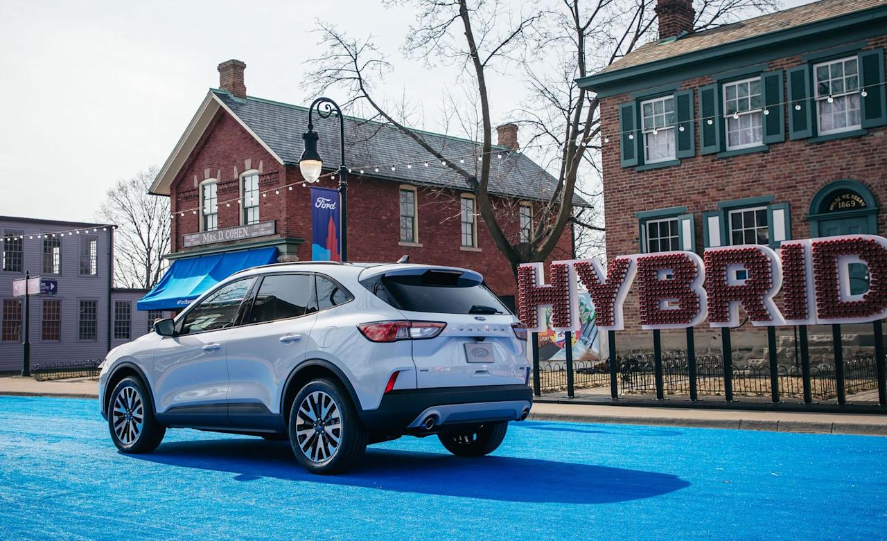 View Photos of the 2020 Ford Escape Hybrid and Plug-In Hybrid