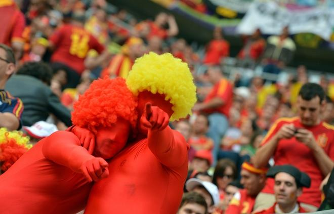 Spanish fans pose during the Euro 2012 championships football match Spain vs Italy on June 10, 2012 at the Gdansk Arena.    AFP PHOTO / GABRIEL BOUYSGABRIEL BOUYS/AFP/GettyImages