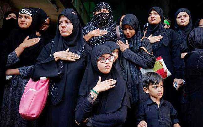 """<p>Union Minister Mukhtar Abbas Naqvi attacked the Congress for its  """"confused"""" stand and wanted to know why it was sad while the Muslim  women were happy.</p>"""