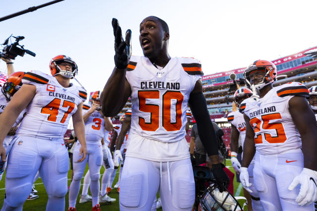 "The Cleveland Browns released <a class=""link rapid-noclick-resp"" href=""/nfl/players/27687/"" data-ylk=""slk:Chris Smith"">Chris Smith</a> on Tuesday. (Ric Tapia/Icon Sportswire via Getty Images)"