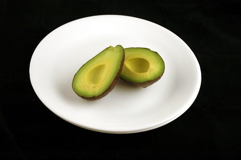 """<div class=""""caption-credit""""> Photo by: Wisegeek.com</div>You could eat a whole medium-size avocado and only take in about 200 calories. <br>"""