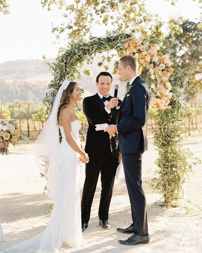 When Is the Right Time to Hire Your Wedding Officiant?