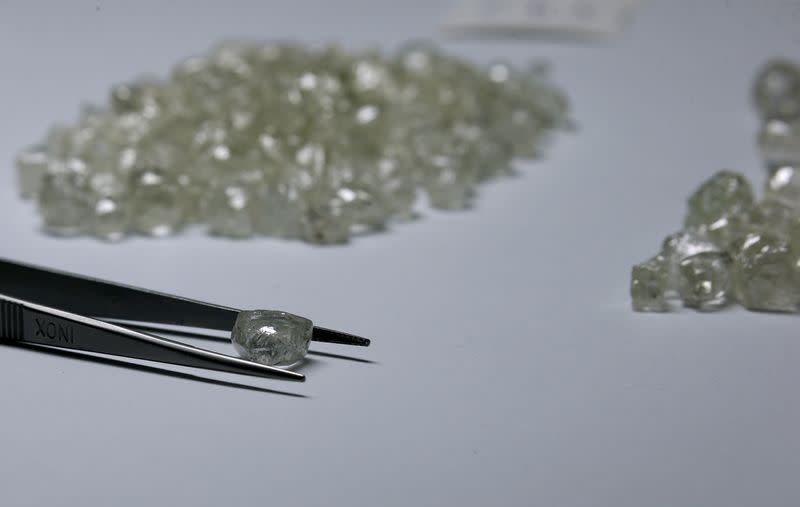 Coronavirus drives De Beers to shift diamond viewings from Botswana