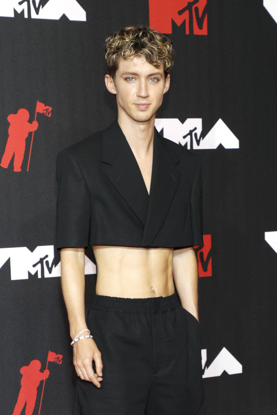 Troye Sivan attends the 2021 MTV Video Music Awards