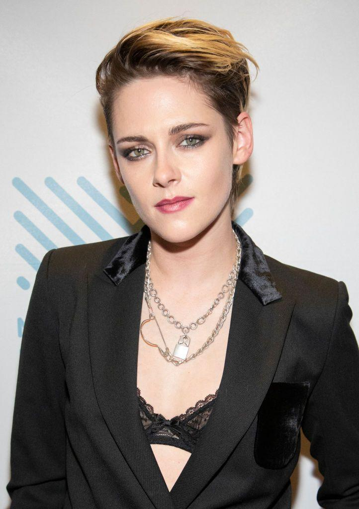 <p>Kristen Stewart has had short hair for a while now, but it's her recent grown-out blond pixie that catapulted it to icon status.</p>