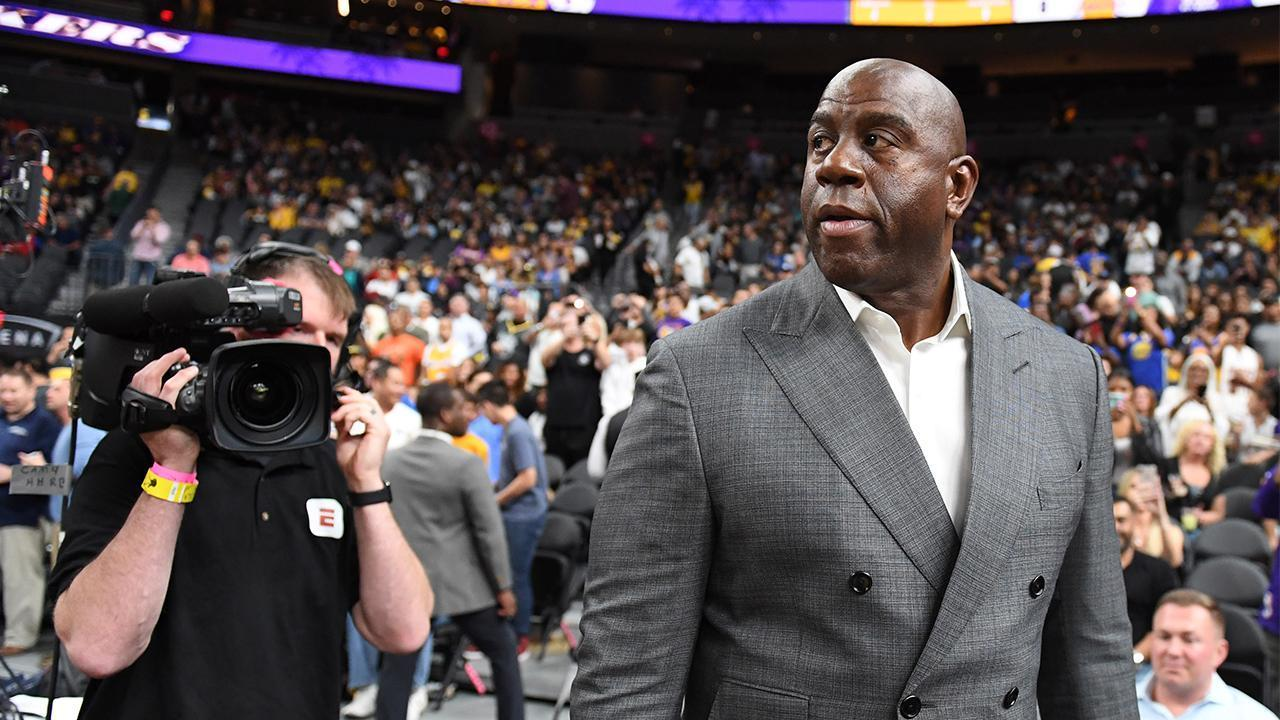 magic johnson quit the lakers after he was copied into - 1024×614