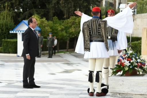 Hollande pledges to help Greece fulfil bailout reforms