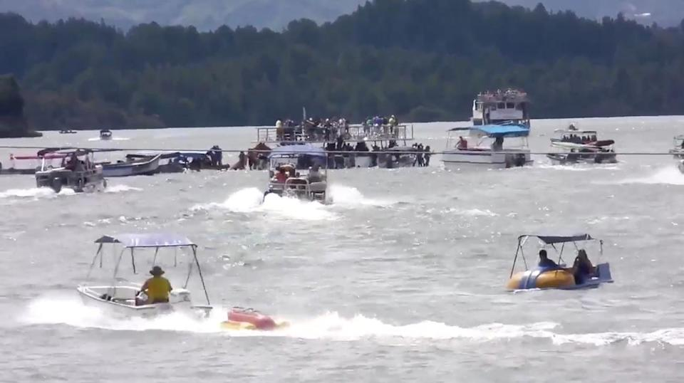 <p>A ferry sinks in the Guatape reservoir near Medellin, Colombia June 25, 2017 in this still image taken from video obtained from social media. (Louisa Murphy/via Reuters) </p>