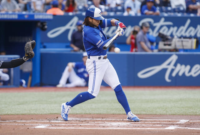 Blue Jays' Bo Bichette hits the lights out in Rogers Centre debut