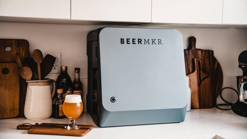We tested this automated beer brewing device and loved the regular progress updates from Beermkr's smartphone app.