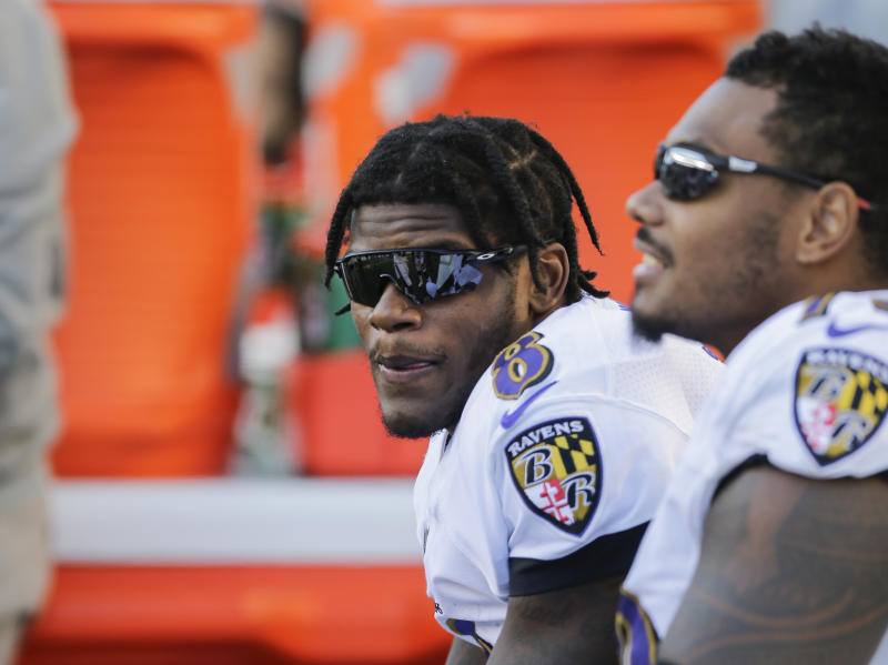 CINCINNATI, OHIO - NOVEMBER 10: Lamar Jackson #8 of the Baltimore Ravens on the sideline during the game against the Cincinnati Bengals at Paul Brown Stadium on November 10, 2019 in Cincinnati, Ohio. (Photo by Silas Walker/Getty Images)