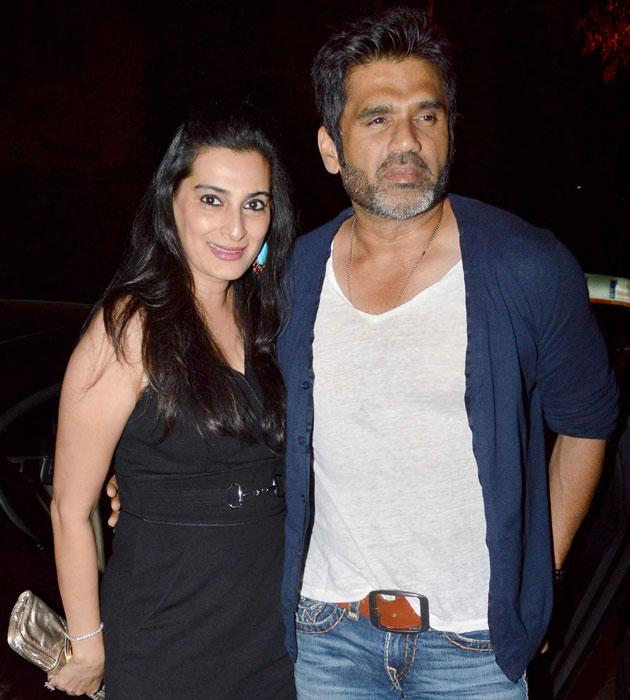 Mana and Suniel Shetty arrive