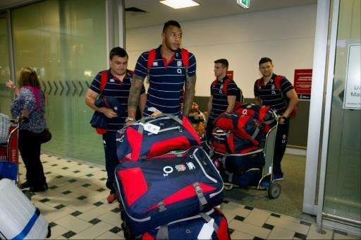 England braced for hostile Test series as they land in Australia