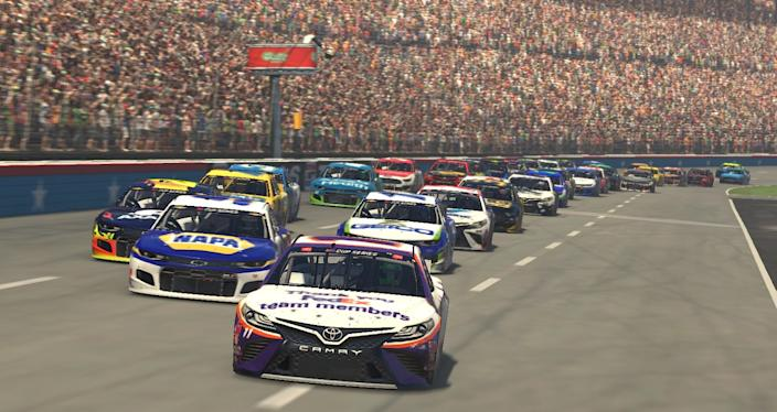 """The iRacing simulators require drivers to make all the same decisions as if they were driving in an actual race, except all their cues are visual since you don't actually feel the movement of the car. <span class=""""copyright"""">(Getty Images)</span>"""