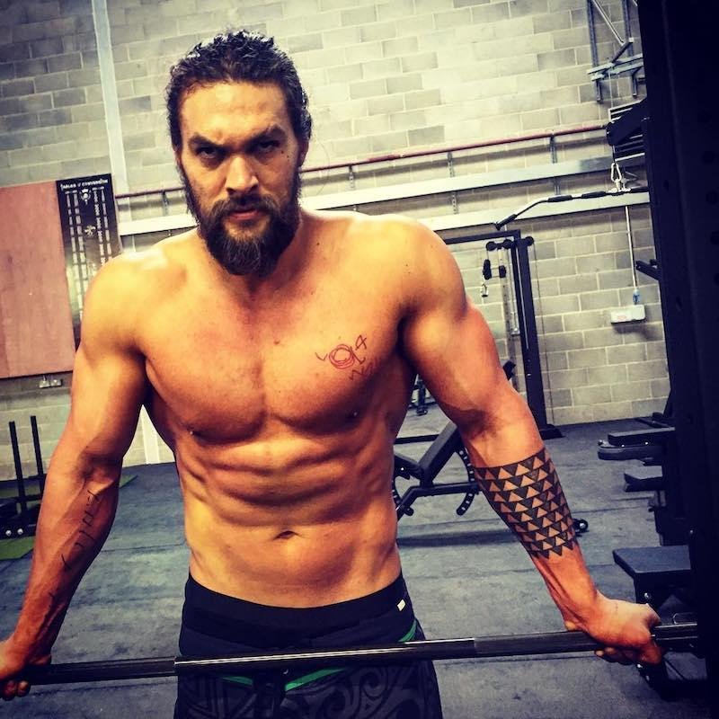 """<p>Training to play Aquaman isn't easy, even for Momoa. """"Putting in the work. Everyday is crazy hard But I'm honoured to bring this character to life,"""" Momoa shared. (Photo: <a rel=""""nofollow"""" href=""""https://www.instagram.com/p/BEOt64wvHDJ/?taken-by=prideofgypsies"""">Jason Momoa via Instagram</a>) </p>"""