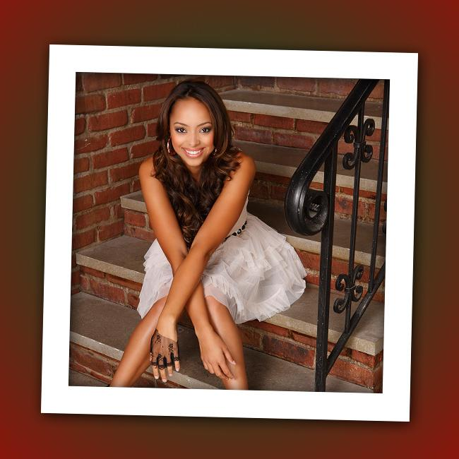 "It's Amber Stevens, who plays Casey's friend Ashleigh on ABC Family's ""<a href=""http://tv.yahoo.com/greek/show/40626"" rel=""nofollow"">Greek</a>."""