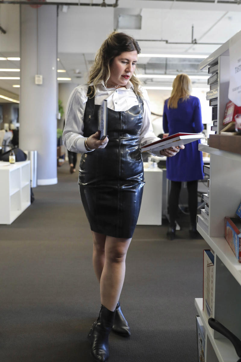 Just another day at the office. (Gabriela Landazuri Saltos/HuffPost)