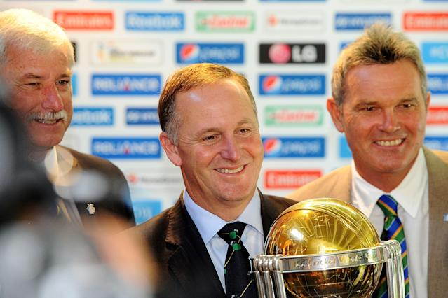 WELLINGTON, NEW ZEALAND - FEBRUARY 14: (L-R) Sir Richard Hadleee, Prime Minister John Key and Martin Crowe on February 14, 2014 in Wellington, New Zealand. (Photo by Mark Tantrum/Getty Images)