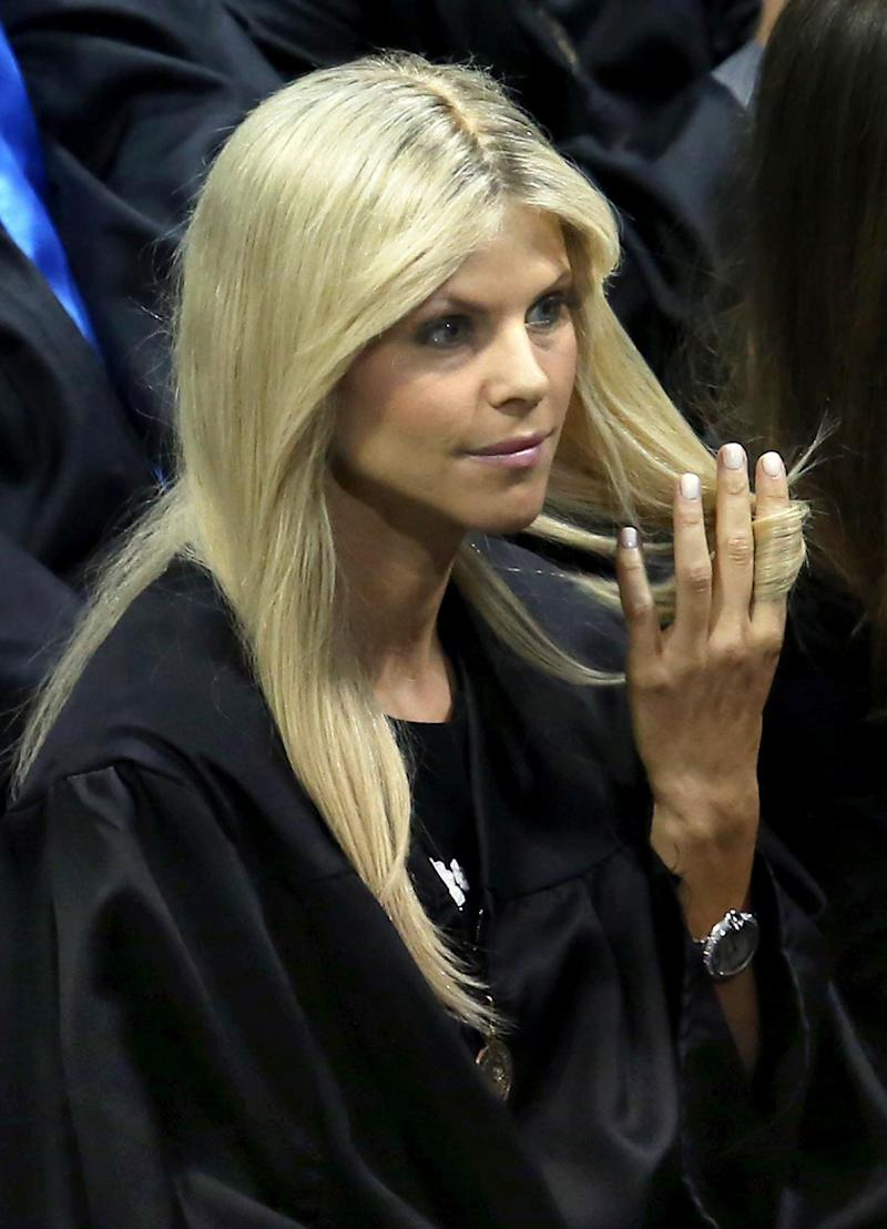 Elin Nordegren - better known as the former Mrs Tiger Woods - is our personal break-up hero. <br /><br />So, your husband has repeatedly cheated on you and the world's media are talking about it? Whatever. <br /><br />Elin's attitude throughout the scandal was flawless: head down, sunglasses on ... and just wait for that divorce settlement to roll in. Props to you, Elin.