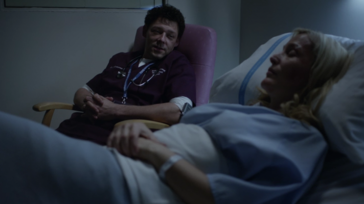 Dr. O'Donnell (Richard Coyle) has a late-night chat with Stella
