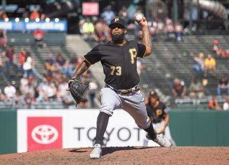 FILE PHOTO: MLB: Pittsburgh Pirates at San Francisco Giants