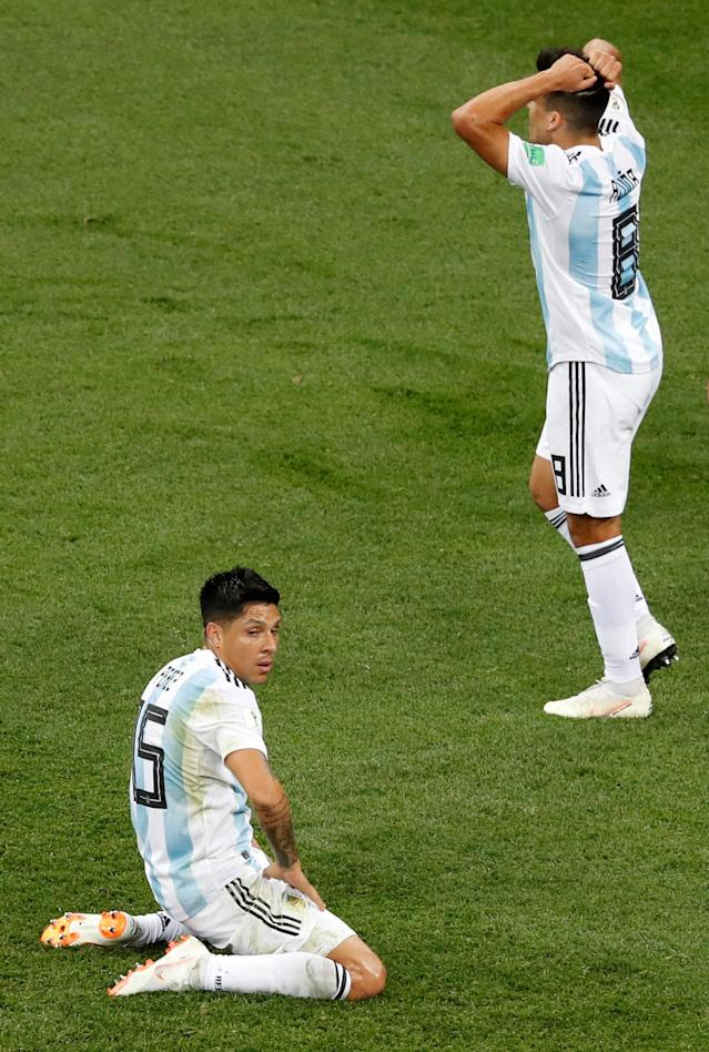 Soccer Football - World Cup - Group D - Argentina vs Croatia - Nizhny Novgorod Stadium, Nizhny Novgorod, Russia - June 21, 2018 Argentina's Enzo Perez and Marcos Acuna react REUTERS/Carlos Barria TPX IMAGES OF THE DAY