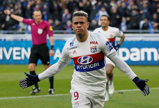 Soccer Football - Ligue 1 - Olympique Lyonnais vs Saint-Etienne - Groupama Stadium, Lyon, France - February 25, 2018 Lyon's Mariano celebrates scoring their first goal REUTERS/Emmanuel Foudrot