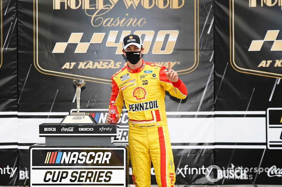 """5. Joey Logano - 3 wins - 3rd in points<span class=""""copyright"""">Harold Hinson / NKP / Motorsport Images</span>"""