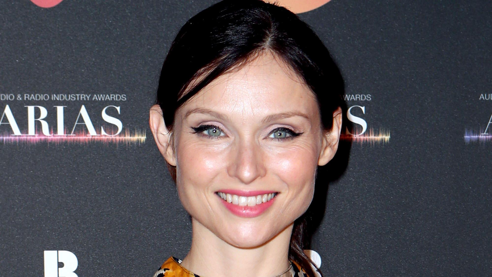 Sophie Ellis-Bextor 'unsettled' after being bombarded with gifts, court told