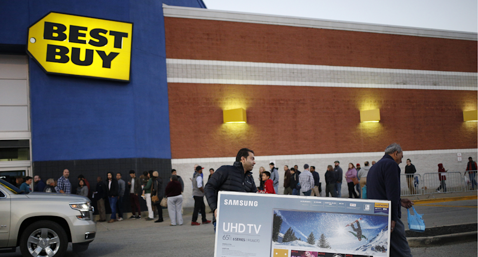 Best Buy Canada is having a huge sale on select Samsung QLED TVs that you won't want to miss.