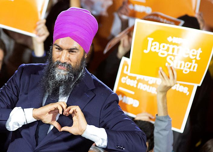 New Democratic Party (NDP) leader Jagmeet Singh gestures during an election campaign rally in Montreal, Quebec, Canada October 16, 2019.  REUTERS/Christinne Muschi     TPX IMAGES OF THE DAY