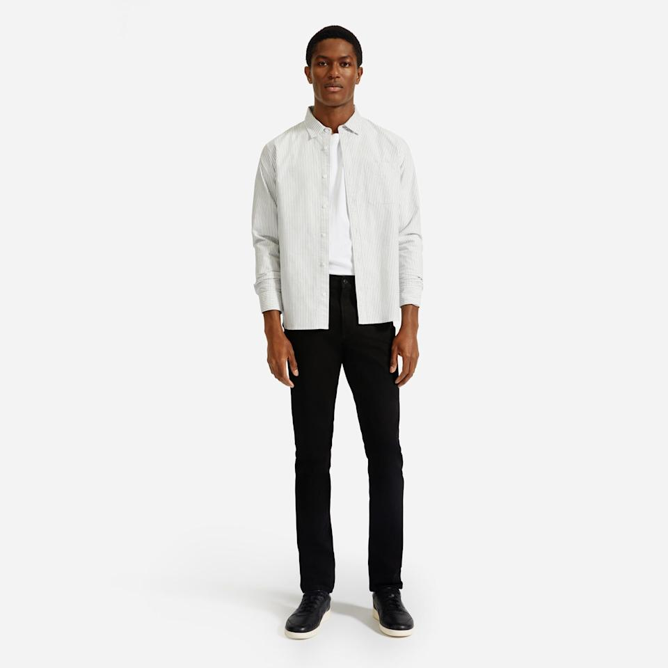 """These cult-favorite jeans have over 300 reviews and a 4.7-star rating. They come in four washes and three different fits: skinny, slim and athletic.<strong><a href=""""https://fave.co/2TaG3ty"""" target=""""_blank"""" rel=""""noopener noreferrer"""">Find this pair at Everlane</a></strong>."""