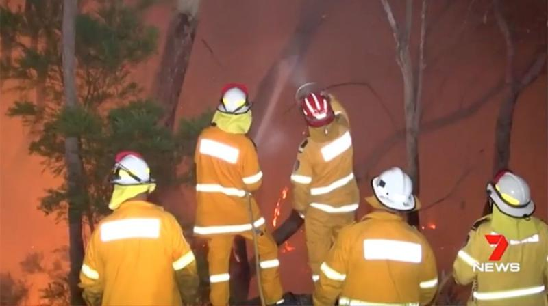 The bushfire has consumed more than 2500 hectares of bushland. Source: 7 News