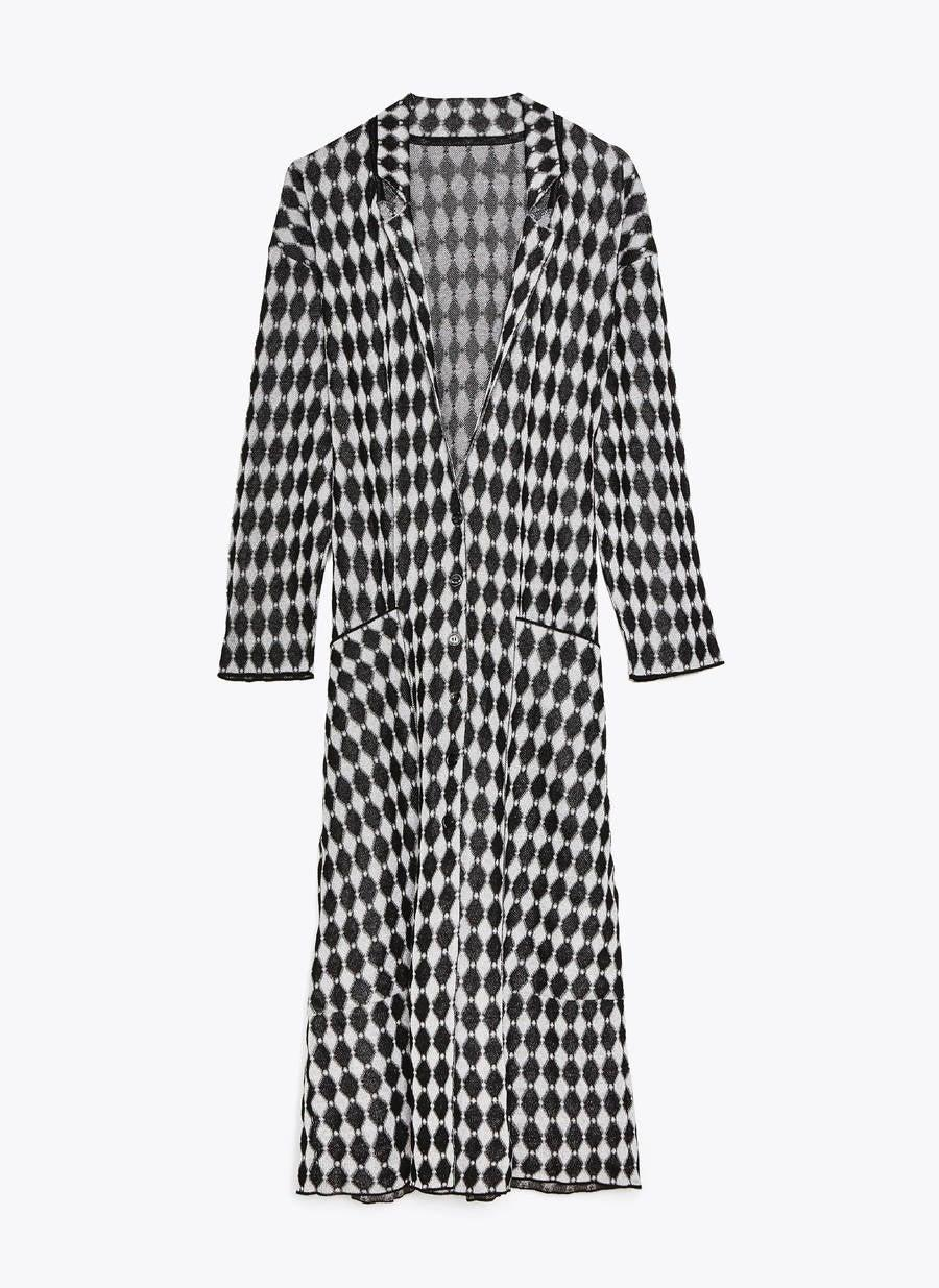 """<br><br><strong>Uterqüe</strong> Long Jacquard Jacket, $, available at <a href=""""https://www.uterque.com/gb/collection/coats-and-jackets/jackets-and-blazers/long-jacquard-jacket-c1862535p8657120.html?colorId=800"""" rel=""""nofollow noopener"""" target=""""_blank"""" data-ylk=""""slk:Uterqüe"""" class=""""link rapid-noclick-resp"""">Uterqüe</a>"""