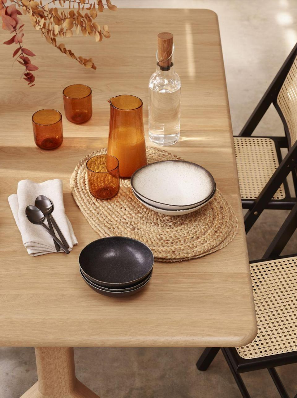 <p>Planning to entertain this winter? John Lewis' range has all you need for a dinnerware update, including bowls, plates, mugs and serving dishes. </p>