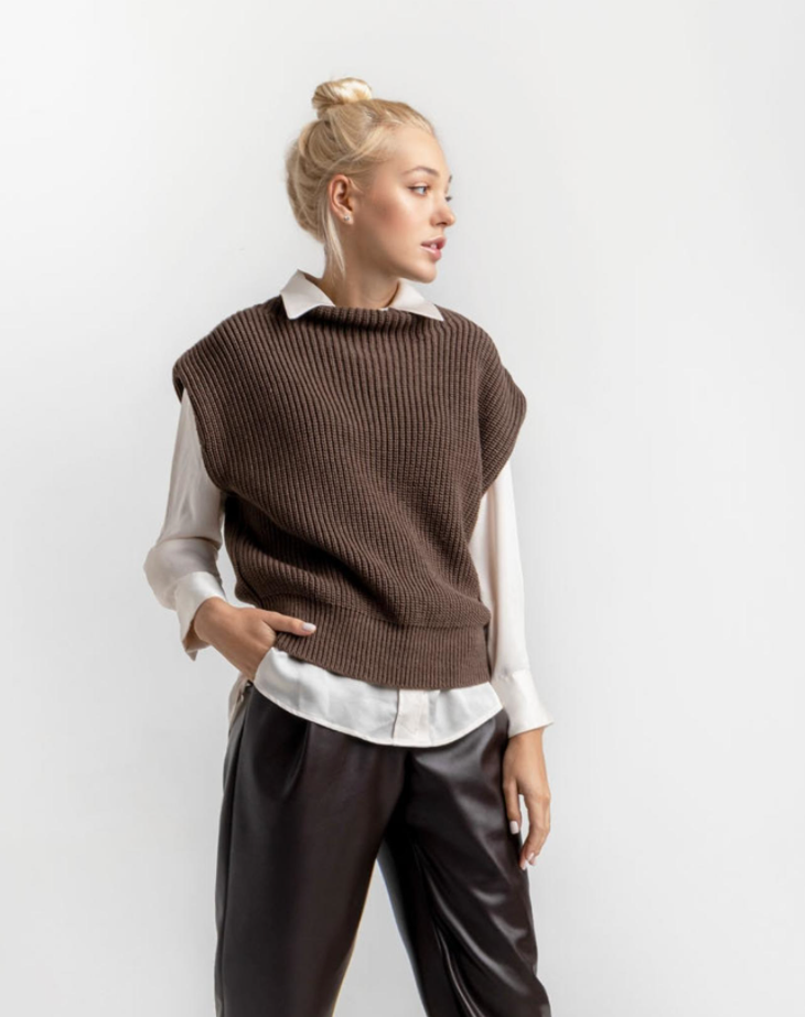 TamiMore Sweater Vest in Brown (Photo via Etsy)