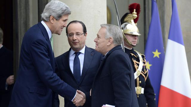 Europe Welcomes Blunt Kerry, Who Says Americans Have 'Right to Be Stupid'