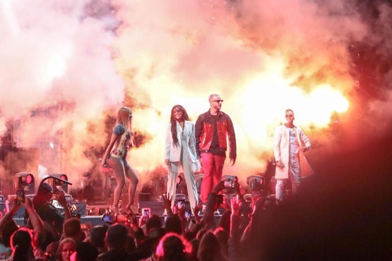 Selena Gomez made surprise appearance at Coachella with Cardi B, DJ Snake to perform 'Taki Taki'