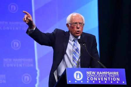 FILE PHOTO: Democratic 2020 U.S. presidential candidate and U.S. Senator Bernie Sanders (D-VT ) speaks at the New Hampshire Democratic Party state convention in Manchester