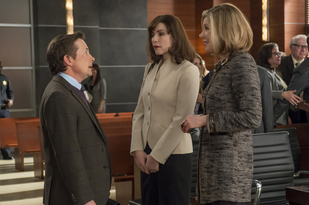 "<b>""The Good Wife""</b><br><br>      Sunday, 4/29 9 PM CBS<br><br><a href=""http://yhoo.it/IHaVpe"">More on Upcoming Finales </a>"