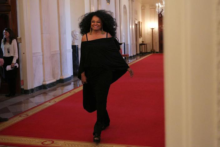 <p>Singer and actress Diana Ross arrives from the Cross Hall of the White House prior to a Presidential Medal of Freedom ceremony in Washington, U.S., Nov. 22, 2016. (Carlos Barria/Reuters) </p>