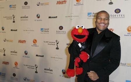 """Puppeteer Clash who is voice of """"Elmo,"""" arrives for International Emmys in New York"""
