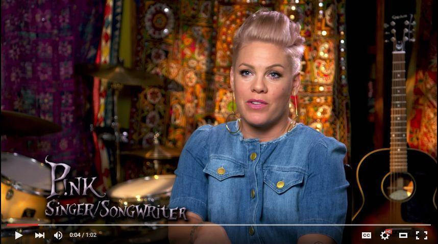Pink Sings And Writes Original Song For Alice Through The Looking Glass-3534