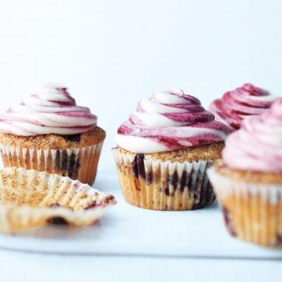 """<p>Full of delicious surprises, from the sour cream and fresh blueberries inside the cake, to the hidden cinnamon-sugar layer just underneath the frosting.<br></p><p>Get the recipe from <a href=""""https://www.delish.com/cooking/recipe-ideas/recipes/a19965/blueberry-cupcakes-recipe-mslo1012/"""" rel=""""nofollow noopener"""" target=""""_blank"""" data-ylk=""""slk:Delish"""" class=""""link rapid-noclick-resp"""">Delish</a>.</p>"""