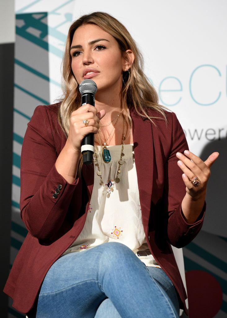 Katie Willcox speaking at theCURVYcon on Sept. 8 in New York City. (Photo: Getty Images)