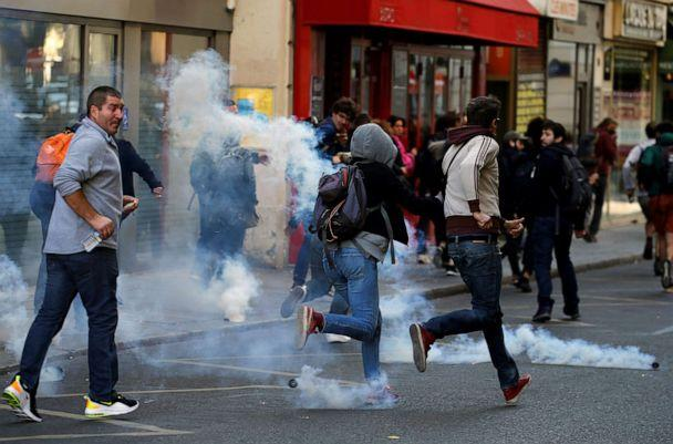PHOTO: Protesters run away from tear gas during a demonstration on Act 45 (the 45th consecutive national protest on Saturday) of the yellow vests movement in Paris, France, September 21, 2019. (Pascal Rossignol/Reuters)